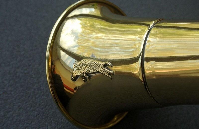 Горн охотничий изогнутый круглый длиной 45 см из латуни