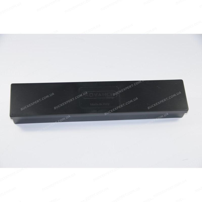 Набор Advance для чистки нарезного оружия с металл. шомполом в оплетке пластик коробка