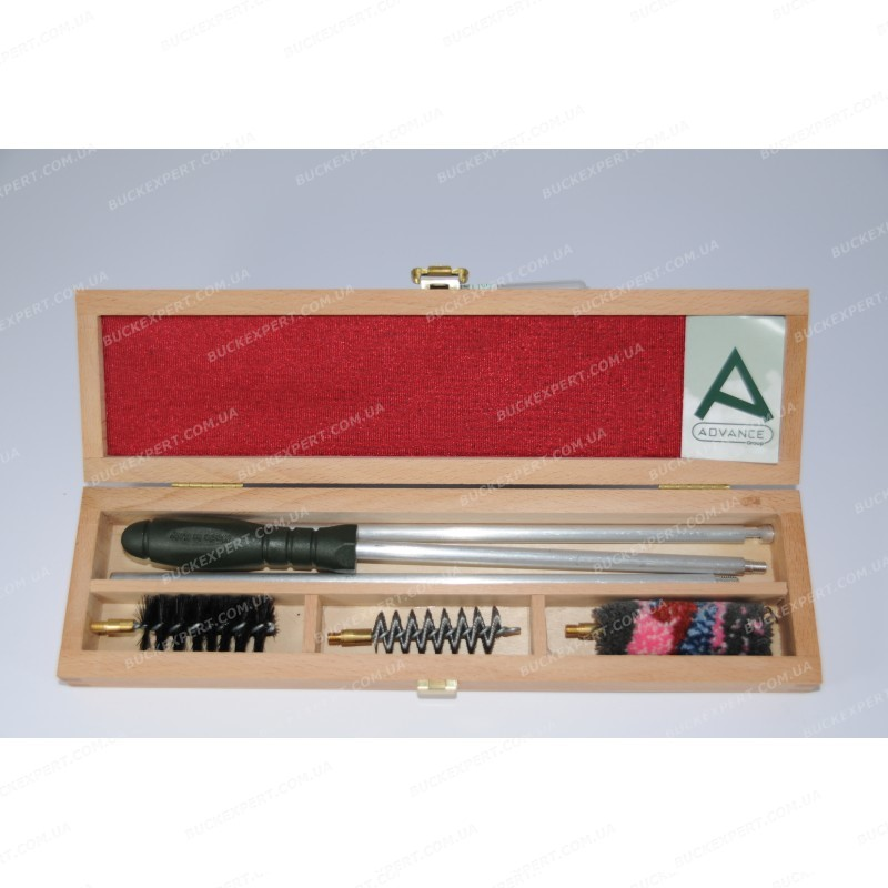 Набор Advance для чистки нарезного оружия в деревянной коробке