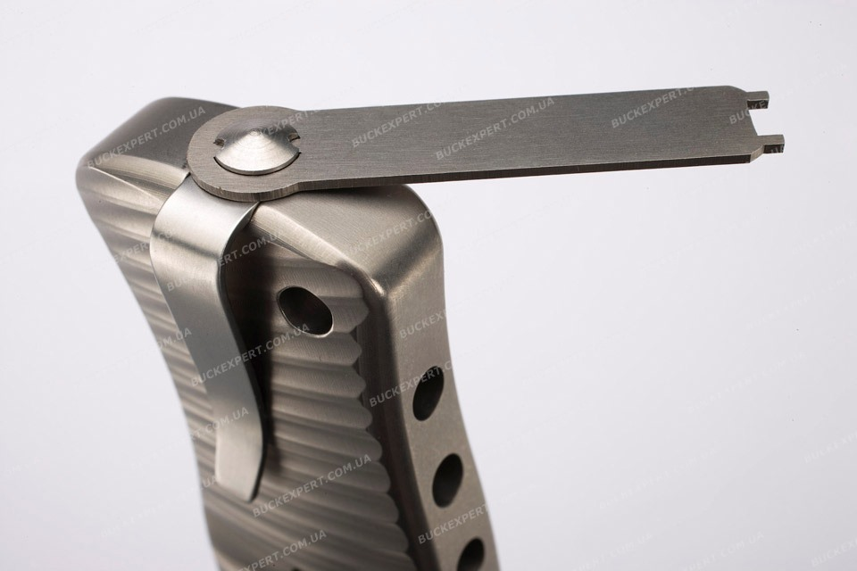 Нож LionSteel серии SR-1 Damascus лезвие - дамаская сталь рукоять - титан