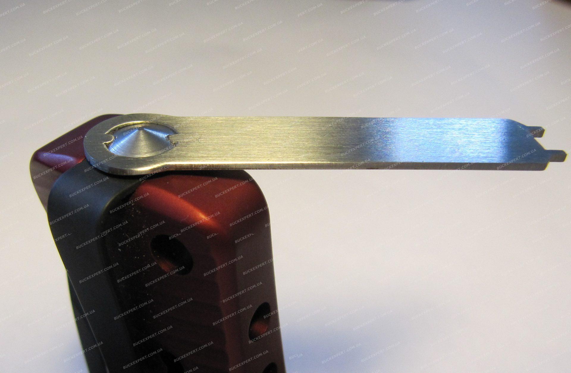 Нож LionSteel серии SR2 Aluminum лезвие 78 мм в деревянной коробке
